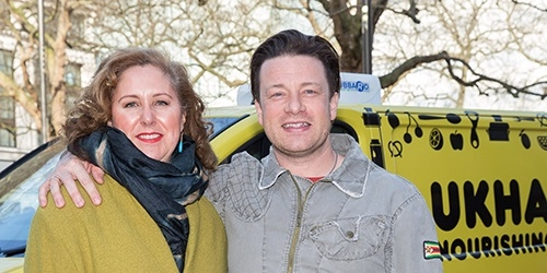 Jamie Oliver partners with UKHarvest to host first ever UK CEO CookOff as part of his Food Revolution